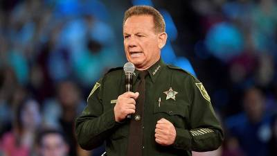 b2ap3_thumbnail_broward-deputies-union-votes-no-confidence-in-sheriff-israel.jpg